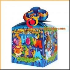 Новогодняя коробка для конфет, синий бант